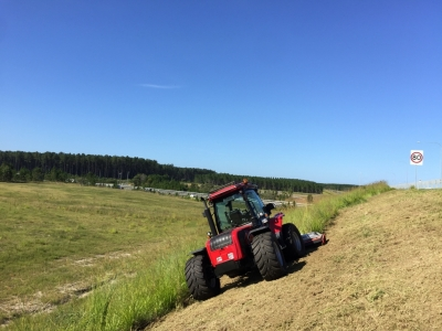 BM Better 130 for Roadside Contracting and steep slopes